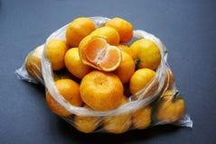 Een zak van sinaasappel Stock Afbeeldingen