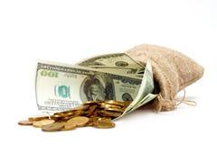 Een zakhoogtepunt van contant geld Stock Fotografie