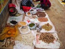 een zeevruchtenmarkt in Vietnam royalty-vrije stock afbeelding