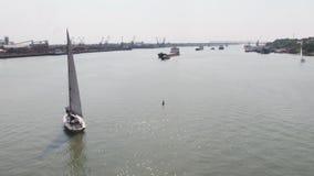 Een zeilboothaven met een groot aantal varende boten Varende haven lucht Royalty-vrije Stock Afbeeldingen