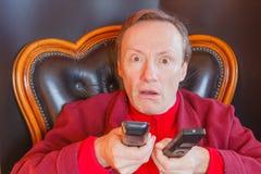 Een zieke mens van TV-reeks Royalty-vrije Stock Foto