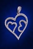 Een zilveren hangende diamant Royalty-vrije Stock Foto's