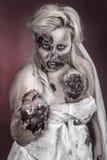 De bruid van de zombie stock fotografie