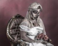 De bruid van de zombie stock foto