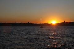 Een zonsondergang van Istanboel royalty-vrije stock foto