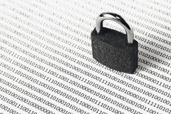 Een zwart-wit conceptenbeeld dat kan worden gebruikt om cyber veiligheid of de bescherming van softwarecode te vertegenwoordigen  royalty-vrije stock foto's