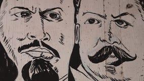 Een zwart-witte graffiti stock videobeelden