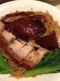 Eend & varkensvleesnoedels Royalty-vrije Stock Foto's