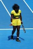 Eenentwintig keer Grote Slagkampioen Serena Williams in actie tijdens haar kwart definitieve gelijke bij Australian Open 2016 Stock Fotografie