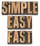 Eenvoudig, gemakkelijk en snel in houten type Stock Fotografie