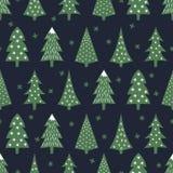 Eenvoudig naadloos retro Kerstmispatroon - gevarieerde Kerstmisbomen en sneeuwvlokken Stock Foto