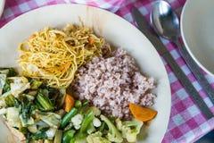 Eenvoudige Bhutan vegetarische maaltijd Stock Afbeeldingen