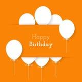 Eenvoudige kaart voor verjaardag met een Witboekballons op oranje B Stock Foto's