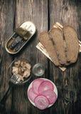 Eenvoudige, smakelijke snack en alcohol Royalty-vrije Stock Fotografie
