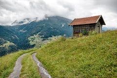Eenzaam huis in de Bergen van Oostenrijk Royalty-vrije Stock Fotografie