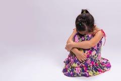 Eenzaam Meisje/Eenzame Meisjesachtergrond Stock Afbeelding