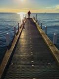Eenzaam silhouet bij de pier Royalty-vrije Stock Foto