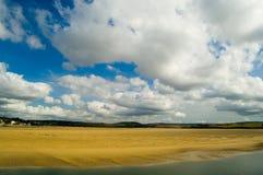 Eenzaam strand bij padstow Royalty-vrije Stock Foto's