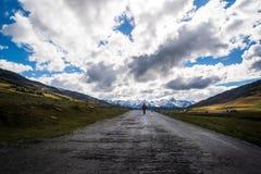 Eenzaamheid en stilte in de berg royalty-vrije stock foto