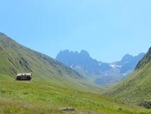 Eenzame Berghut Stock Afbeeldingen