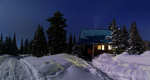 Eenzame hut bij nacht Royalty-vrije Stock Foto