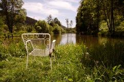 Eenzame stoel Royalty-vrije Stock Afbeeldingen