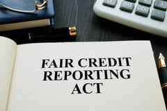 Eerlijk krediet die handeling FCRA melden over een bureau royalty-vrije stock foto