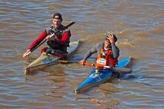Eerst over de lijn Berg River Canoe Marathon 2018 royalty-vrije stock foto
