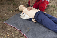 Eerste hulp - CPR Stock Afbeeldingen