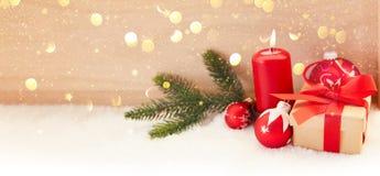 Eerste Komst met kaars vóór Kerstmis stock afbeelding