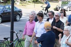 Eerste minister Justin Trudeau Walking royalty-vrije stock afbeeldingen