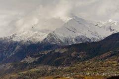 Eerste sneeuw op Haut DE Cry Stock Afbeelding