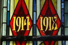Eerste Wereldoorlogdata in gebrandschilderd glas royalty-vrije stock fotografie
