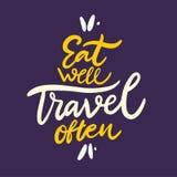 Eet goed reis vaak uitdrukking Hand getrokken vector het van letters voorzien citaat De stijl van het beeldverhaal Geïsoleerd op  vector illustratie