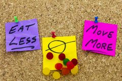 Eet minder beweging meer ongezonde kost stock foto