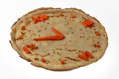 Eetbaar horloge van wortel en pannekoek Stock Afbeelding