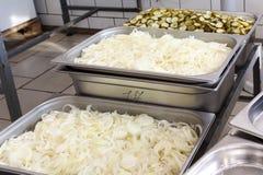 Eetkamer in armiyu Wat om militair te eten Echte foto van het leger, over het leven van militairen Militair voedsel Lunch een mil Stock Foto's