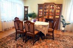 Eetkamer in oude stijl Royalty-vrije Stock Foto's