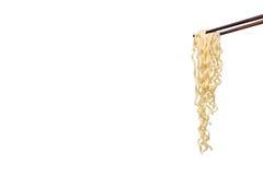 Eetstokjesnoedels op witte achtergrond, lege ruimte voor ontwerp worden geïsoleerd dat Stock Afbeelding