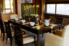 Eettafel en stoelen Stock Fotografie