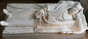 Efígie de mármore do túmulo no castelo de Olesko em Ucrânia Imagem de Stock