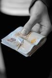 Efectivo disponible - donante del dinero Foto de archivo libre de regalías