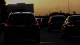Efecto de la interferencia sobre el autobahn alemán almacen de metraje de vídeo