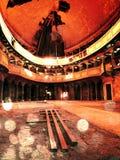 Efecto de la película Iglesia abandonada Luz del sol de la ventana de un templo abandonado debajo de la bóveda Imagen de archivo