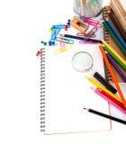 Efectos de escritorio de la escuela en el fondo blanco Imagenes de archivo