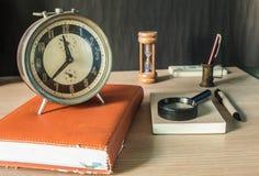 Efectos de escritorio en de madera Imagenes de archivo
