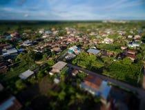 Efeito do borrão do deslocamento da inclinação Campo da fotografia aérea em thailan foto de stock royalty free
