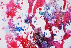 A efervescência pastel azul cor-de-rosa vermelha ensanguentado ilumina pontos cerosos, pintura da aquarela, matiz coloridas Imagens de Stock Royalty Free