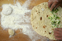 Effectuer les pâtes faites maison Image libre de droits
