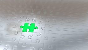 Effet de bourdonnement sur un morceau vert de puzzle à l'intérieur d'autres morceaux argentés illustration de vecteur